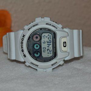 Casio G-Shock Watch 1289 DW-6900FW